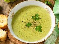 Рецепта Крем супа от броколи и картофи